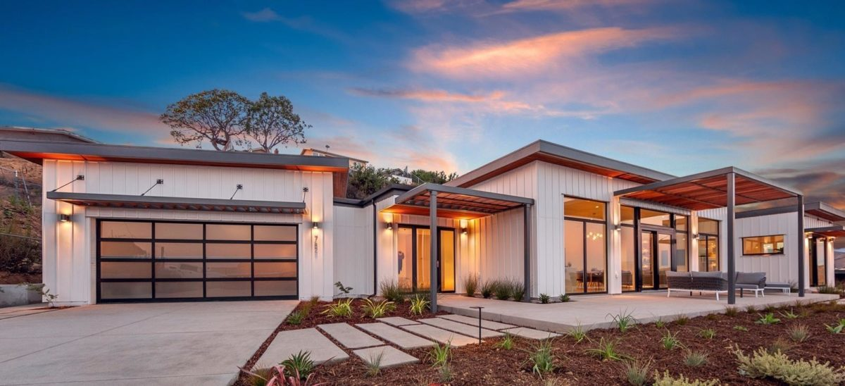 Prefabricated Home Manufacturer Dvele to Make High-Efficiency Homes Grid-Independent